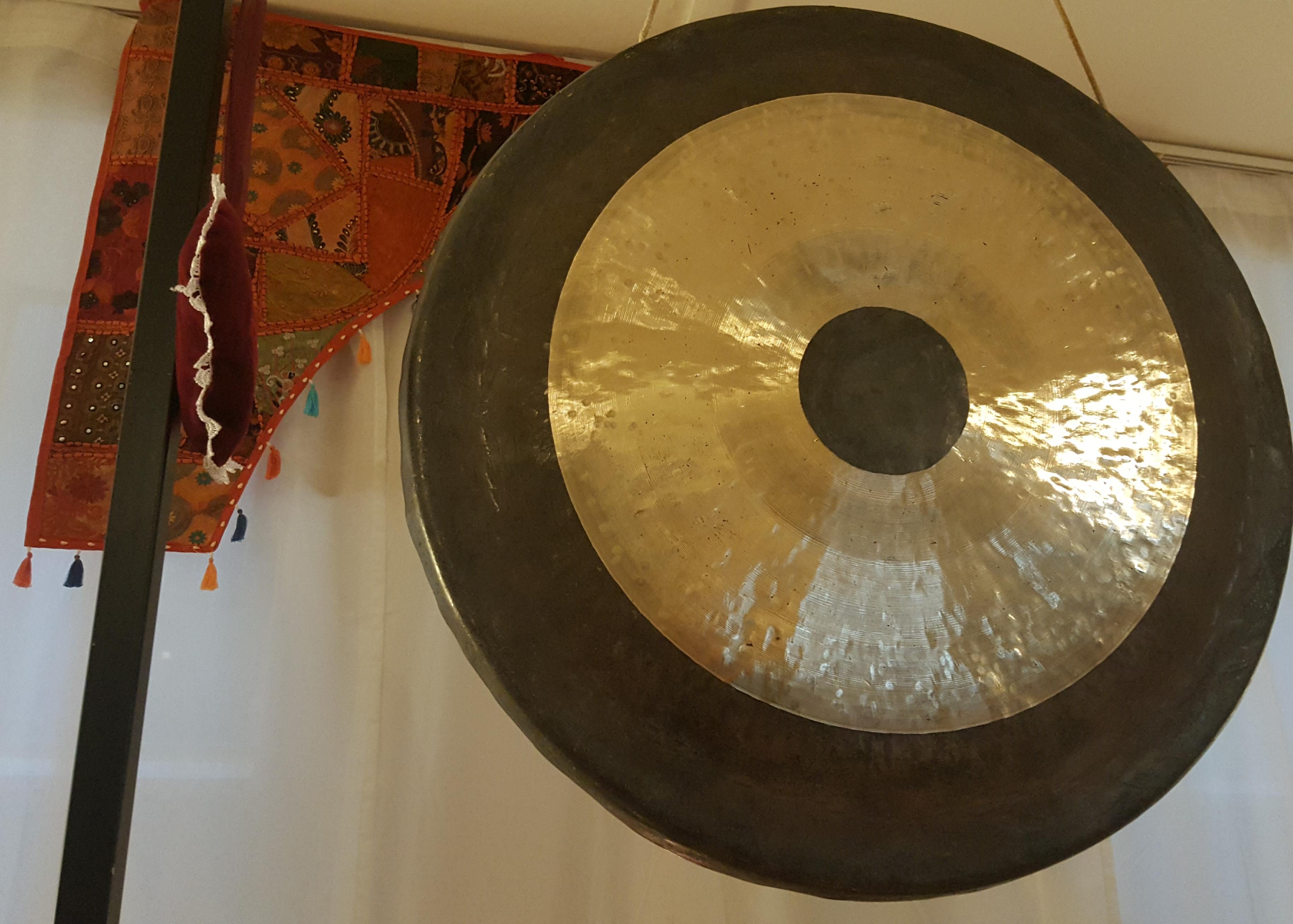 Mercoledì 6 dicembre: Bagno di Gong e Campane Tibetane