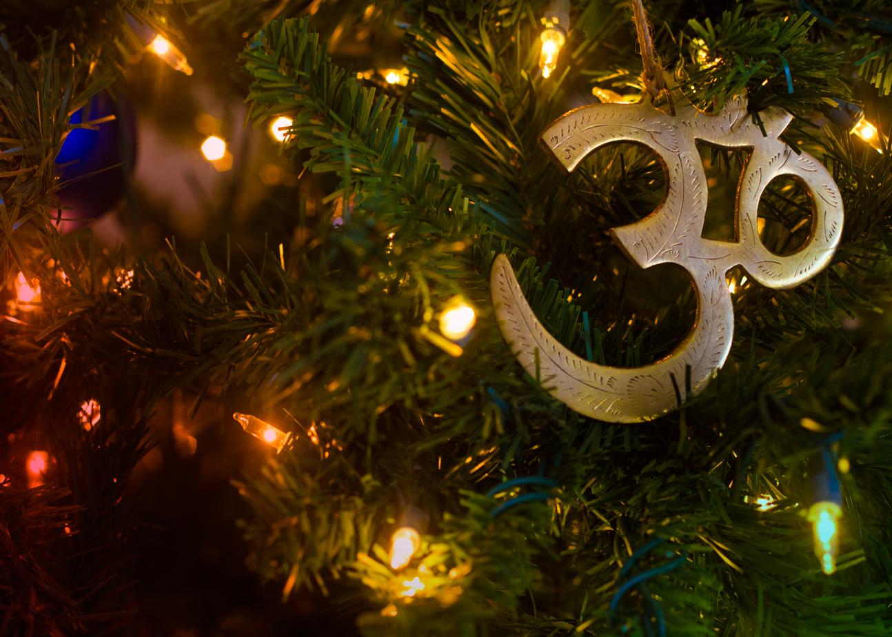 Sabato 16 dicembre, festeggia il Natale con lo Yoga: il più grande dono dell'India al mondo!